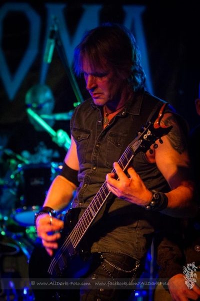 famous-witten-gothic-night-29-10-2016-12