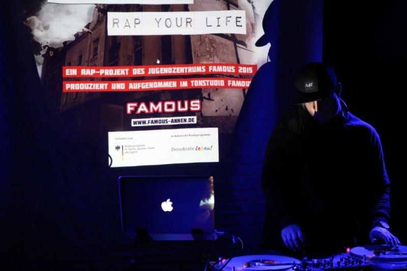 famous-witten-live-2015-29